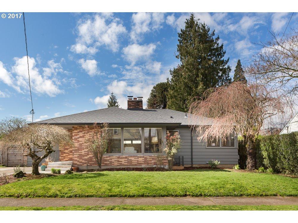 2627 SE 59TH AVE, Portland OR 97206