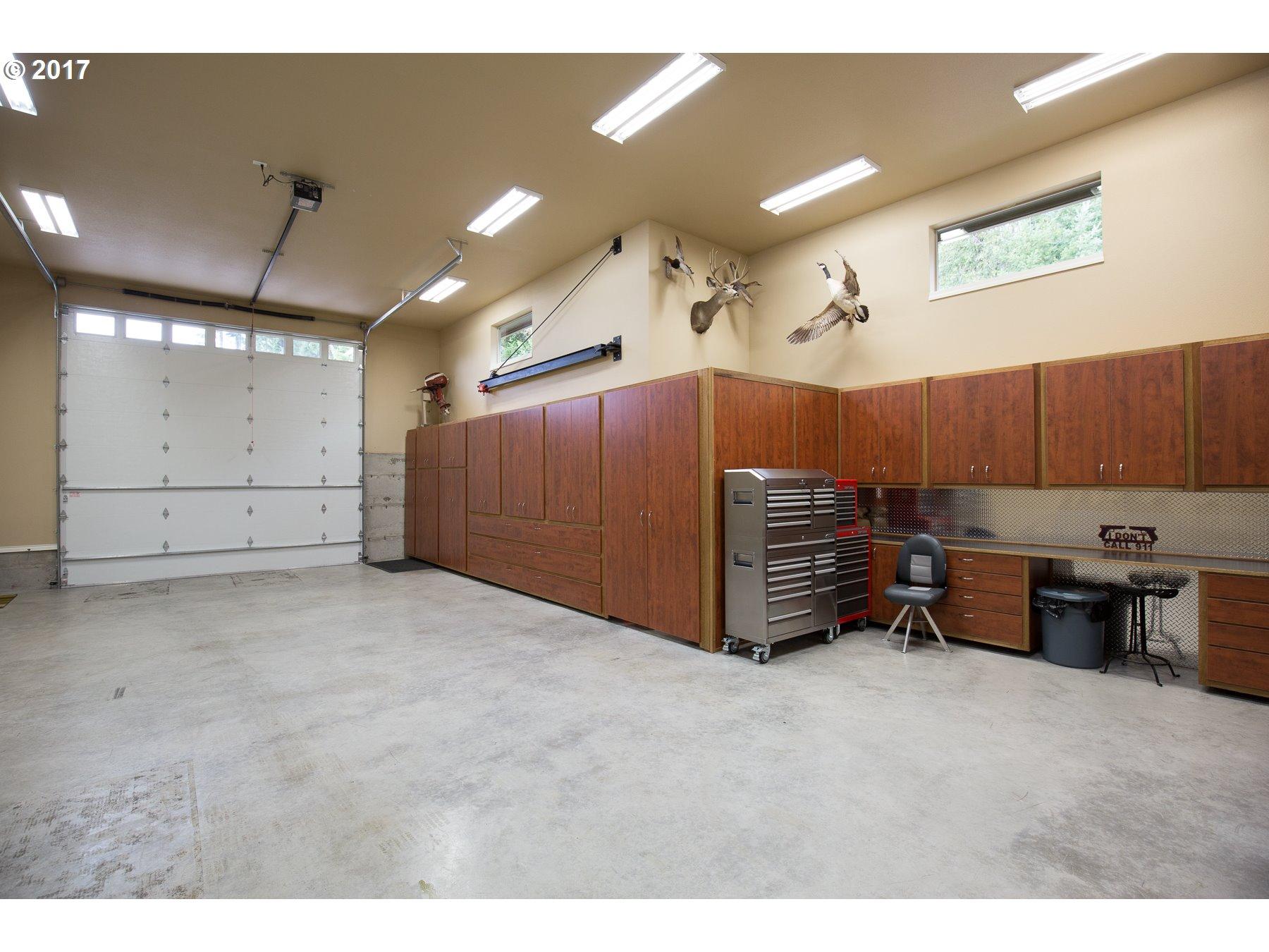 973  Confer Rd, Kalama, WA 98625