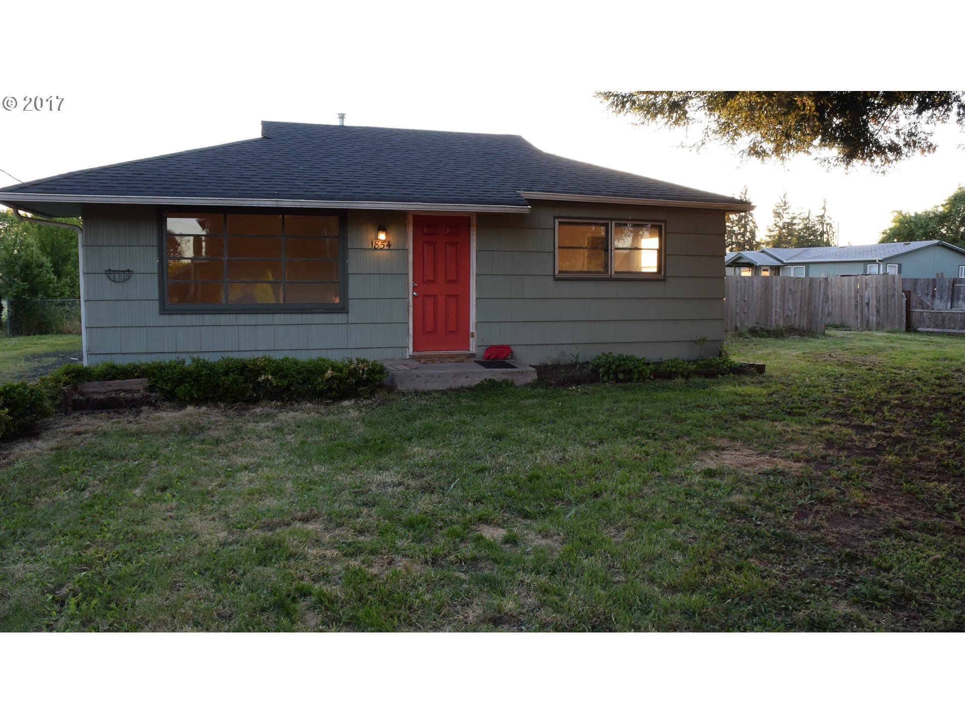 1854 17TH ST, Springfield OR 97477