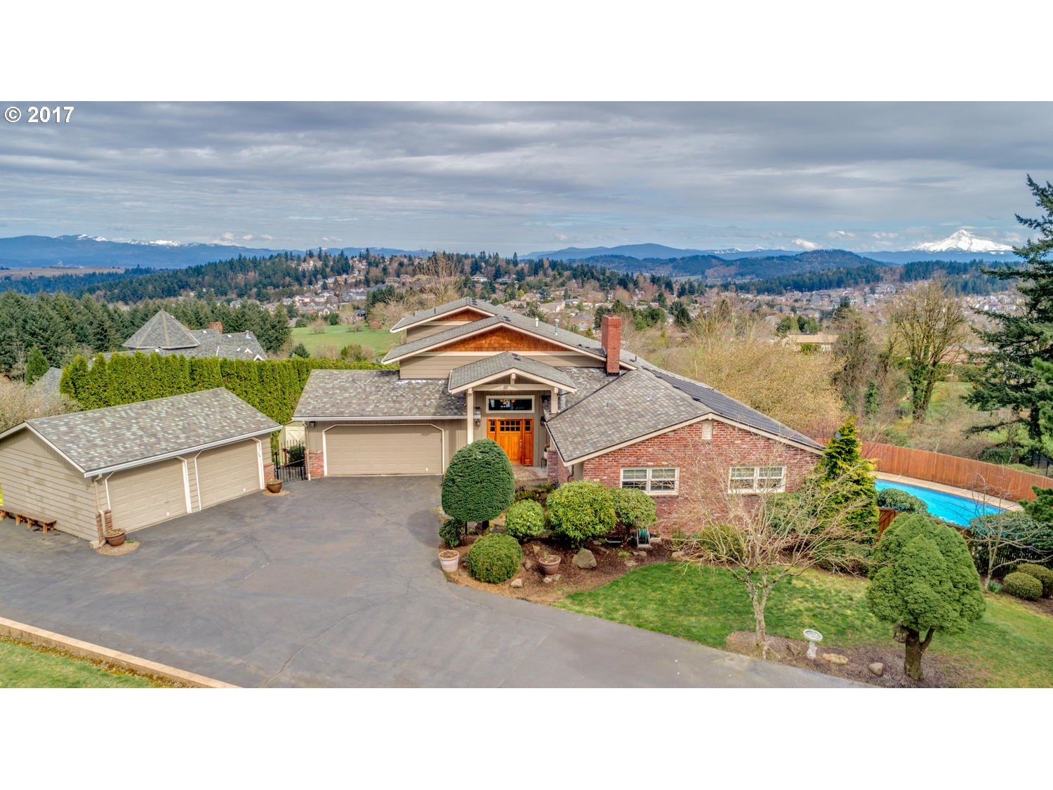 12455 SE RIDGECREST RD, Happy Valley, OR 97086