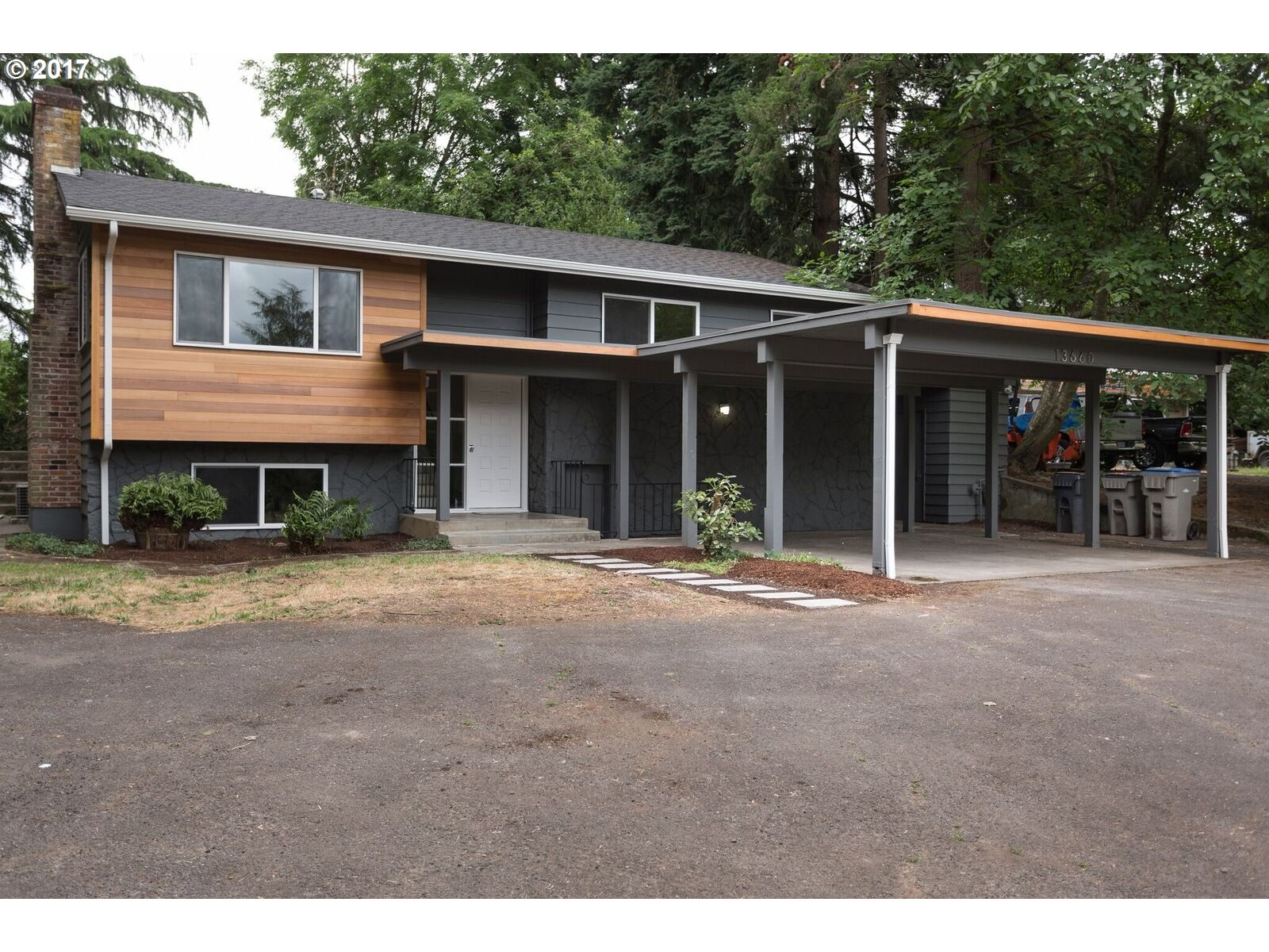 13660 SW ASH AVE, Tigard, OR 97223