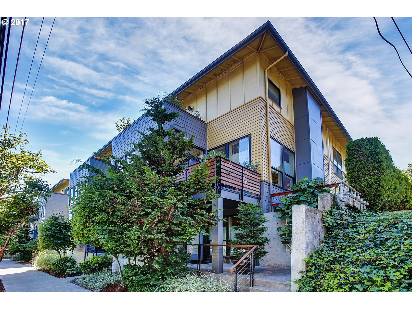 5113 SW CORBETT AVE, Portland, OR 97239