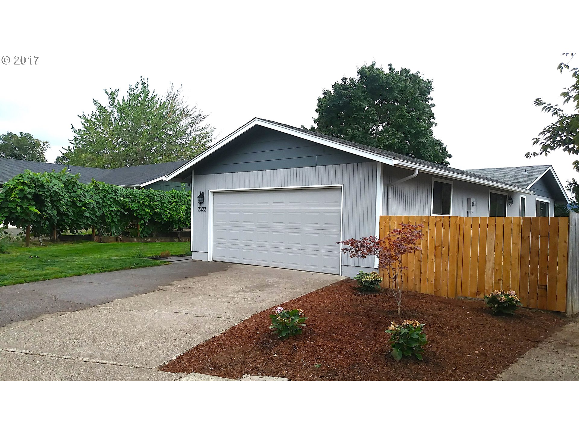 2322 PARLIAMENT ST, Eugene, OR 97405