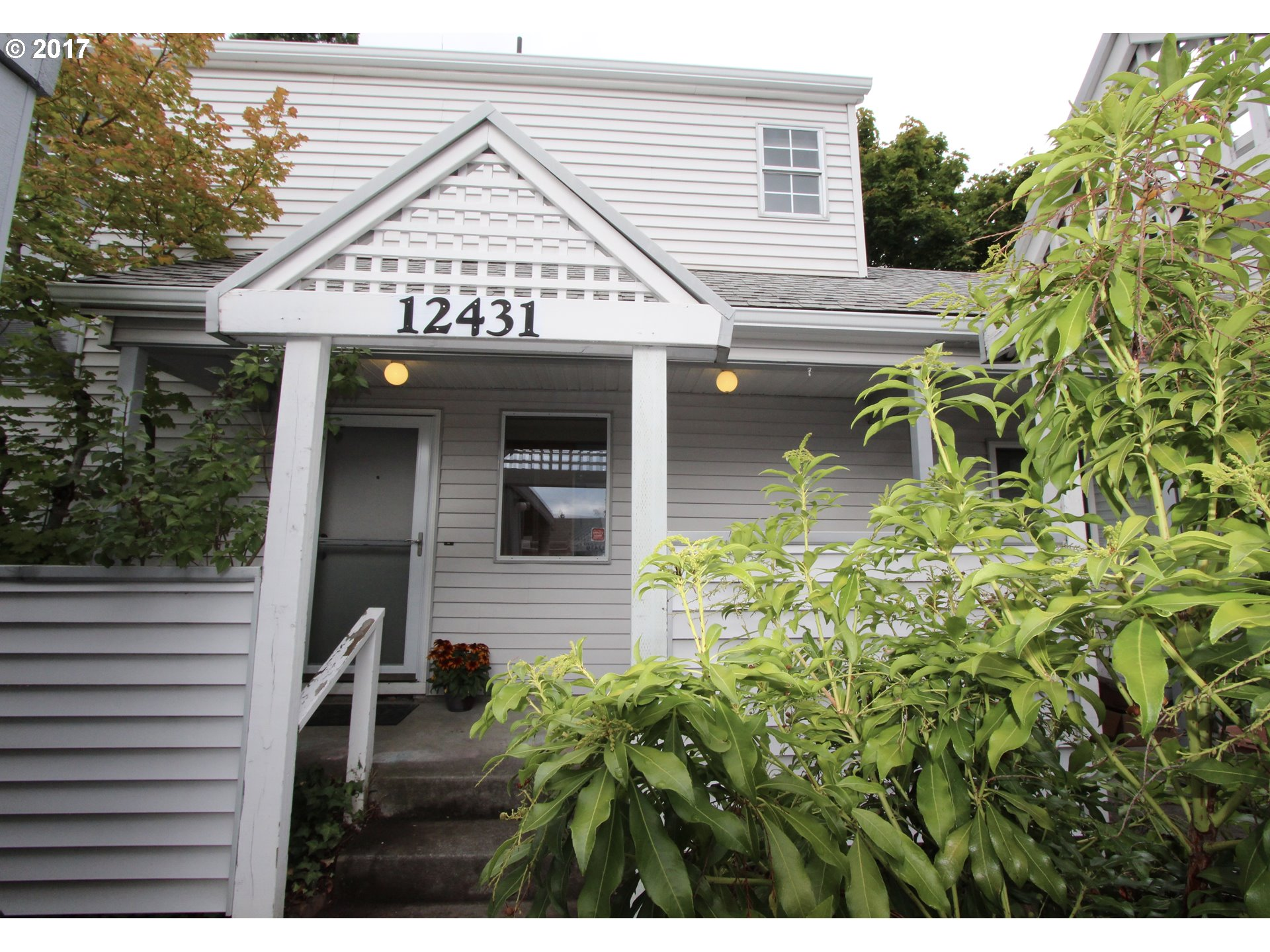 12431 SE CARUTHERS ST, Portland, OR 97233