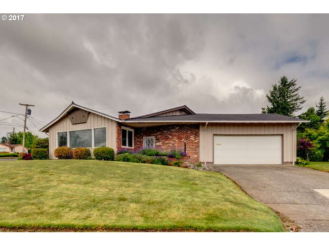 635 NW DAY DR, Gresham, OR 97030
