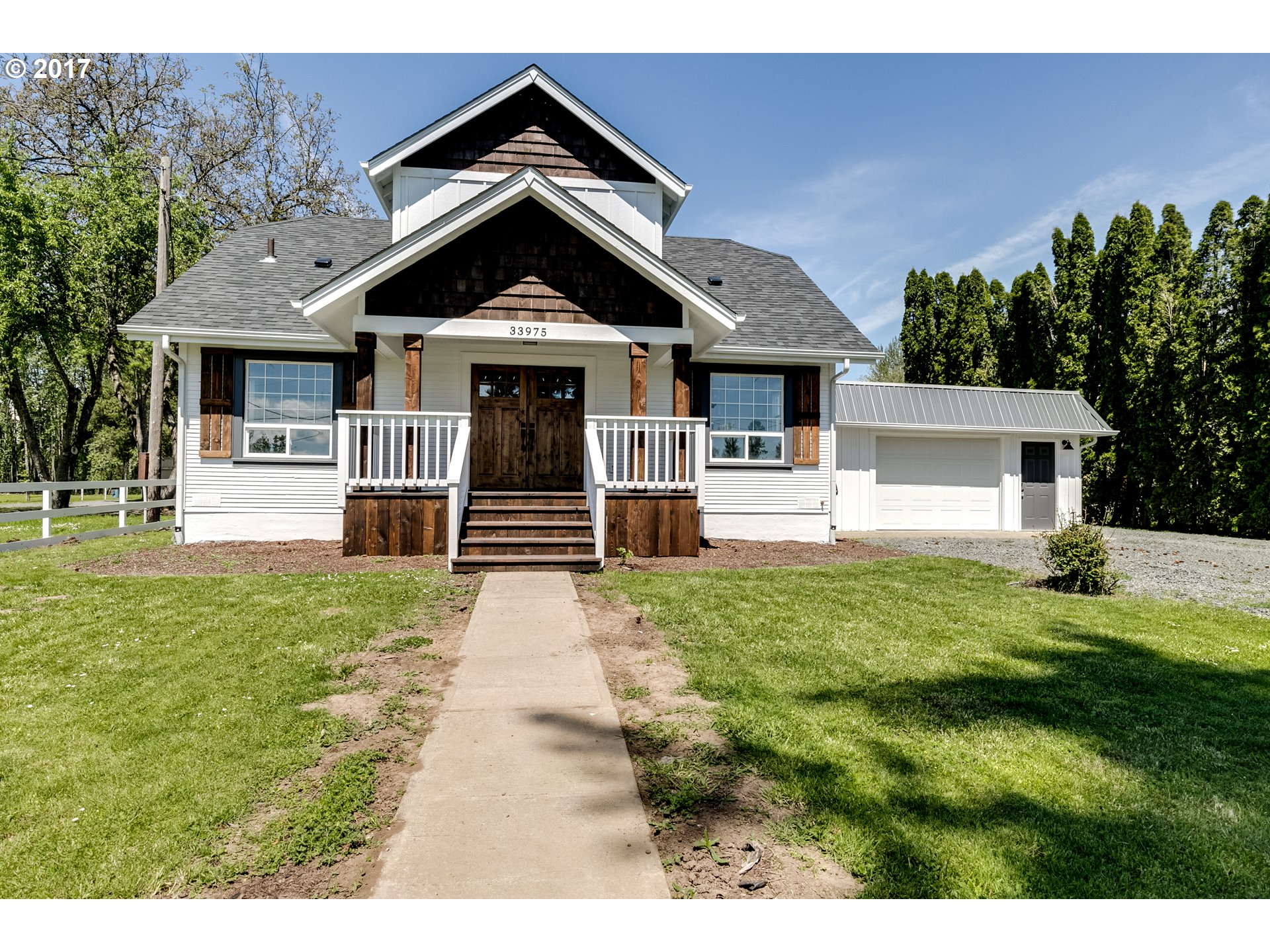 33975 SEAVEY LOOP RD, Eugene, OR 97405