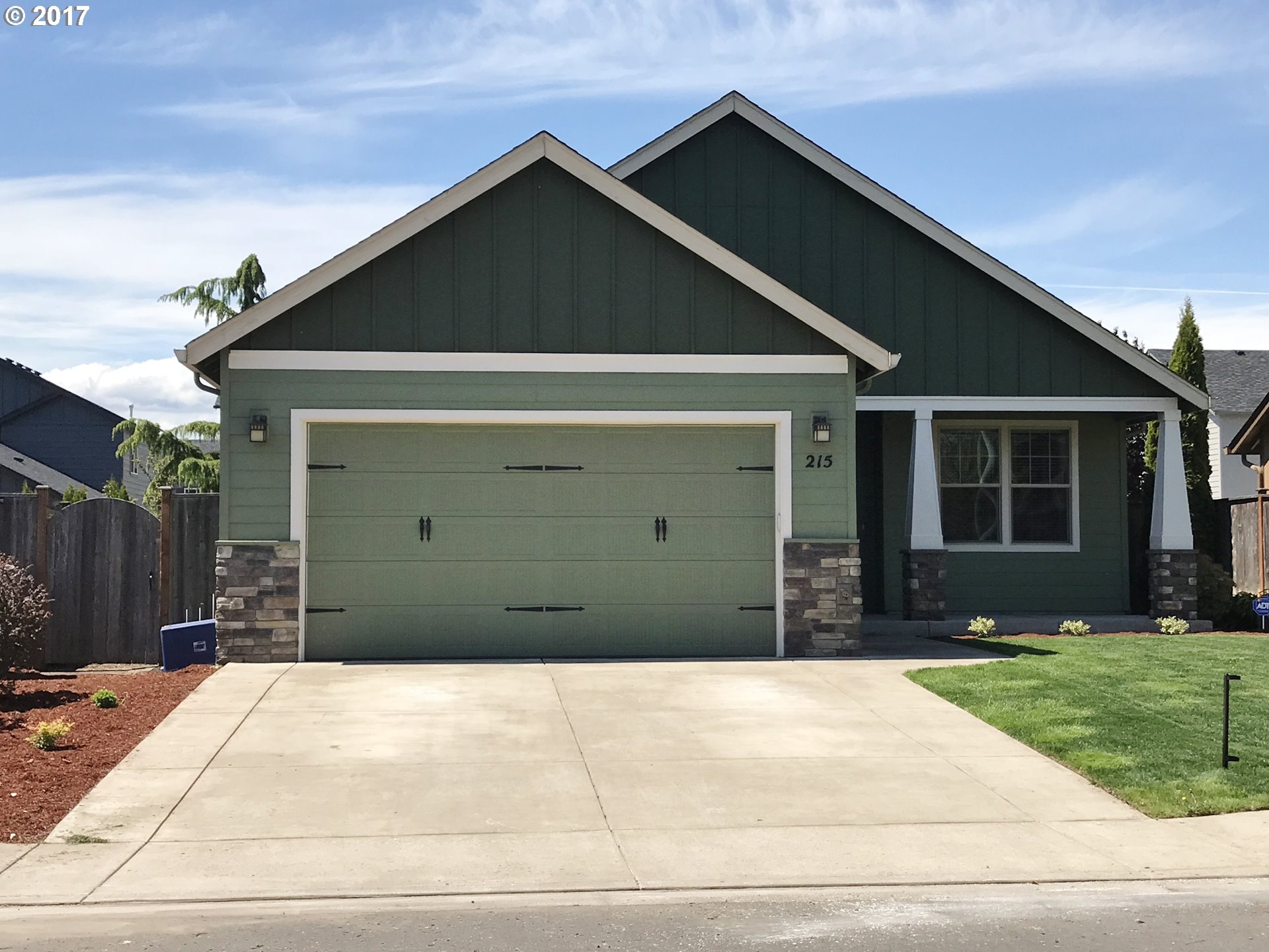 215 SW QUINCE ST, Junction City, OR 97448