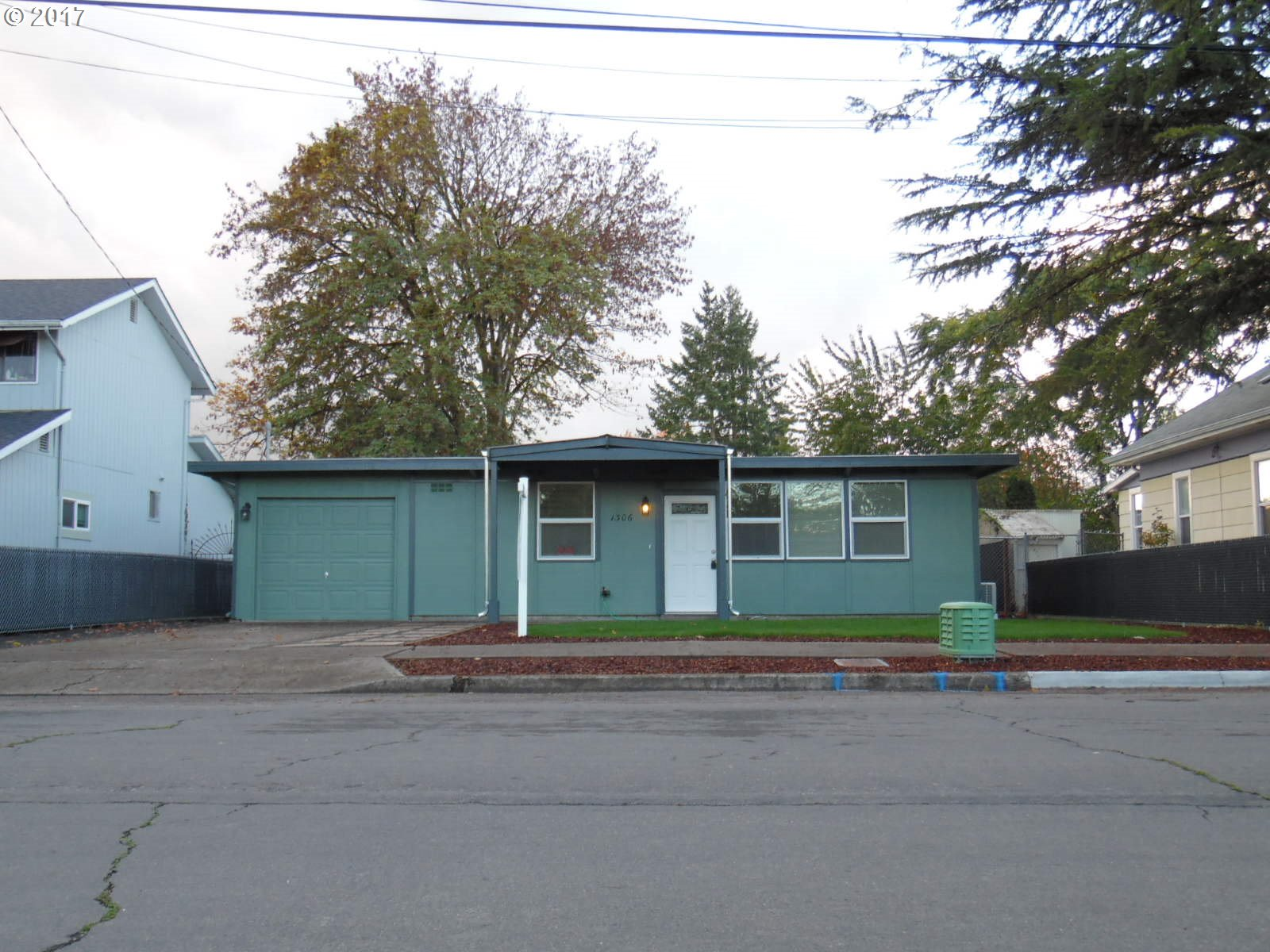 1306 7TH ST, Springfield OR 97477