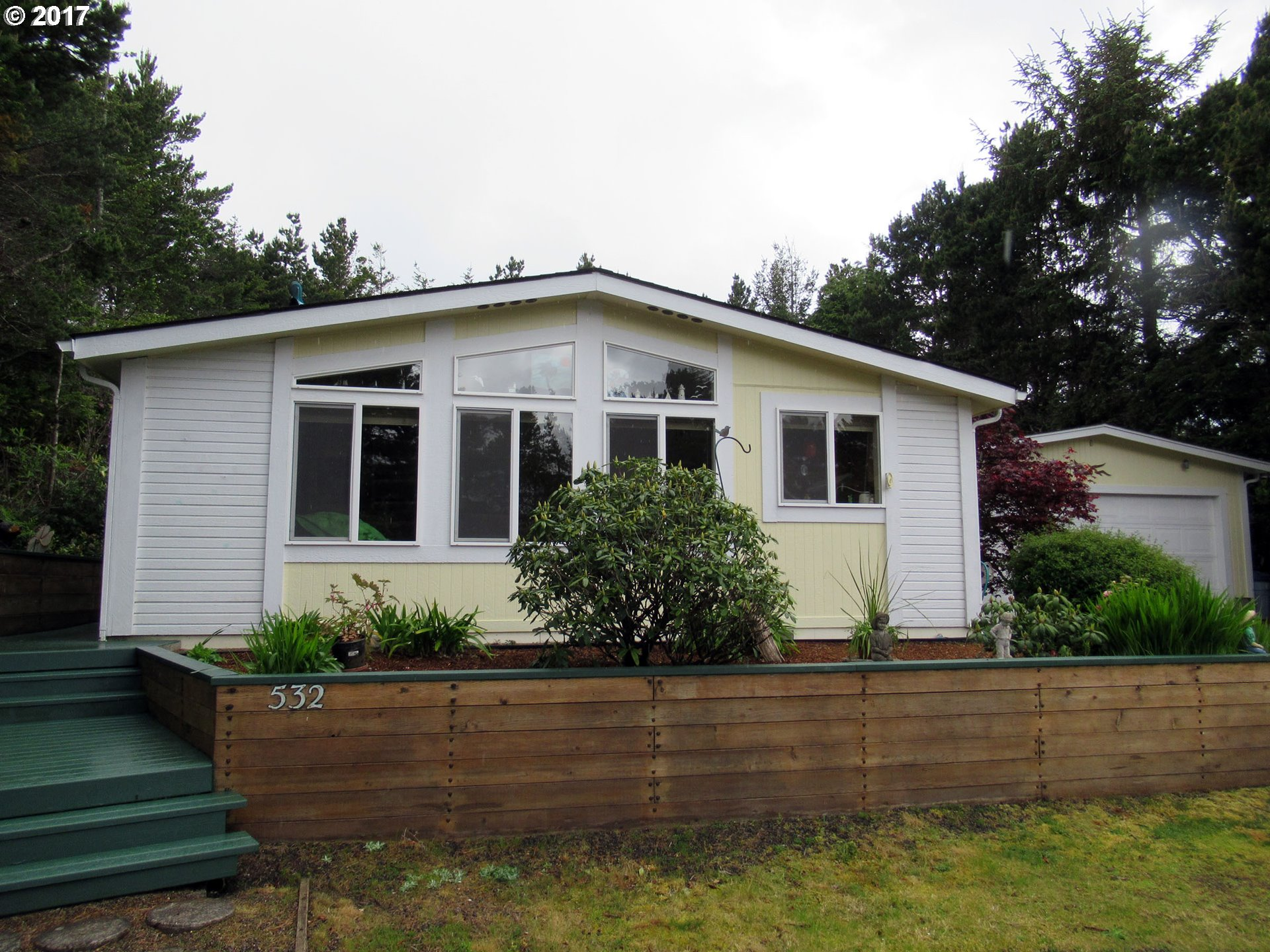 1601 RHODODENDRON DR SPAC 532, Florence, OR 97439