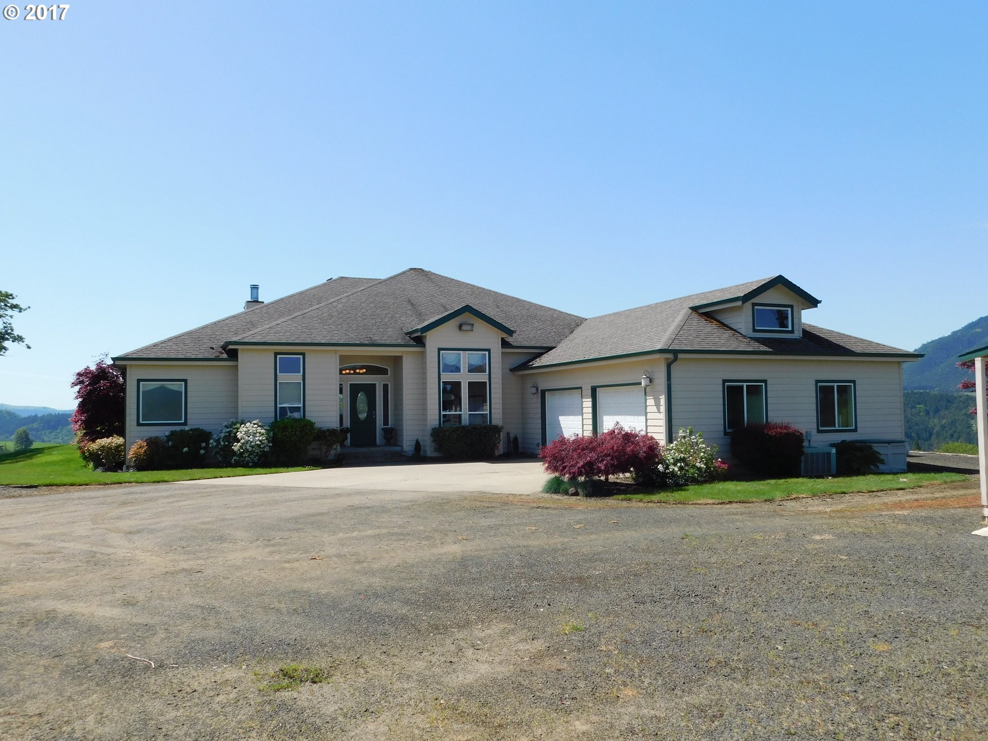 1310 MISTY OAKS LN, Oakland, OR 97462