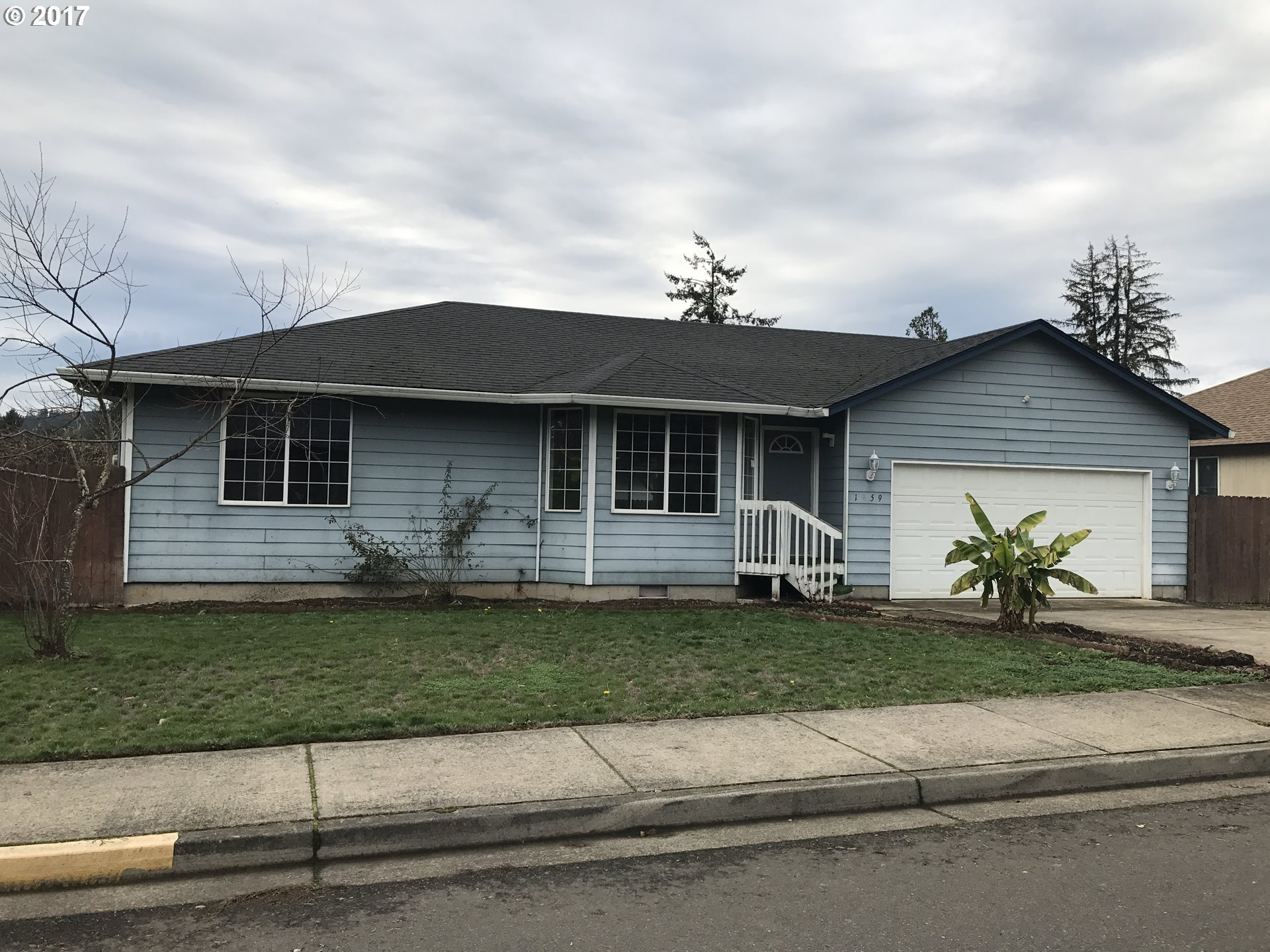 1959 S 8TH ST, Cottage Grove OR 97424