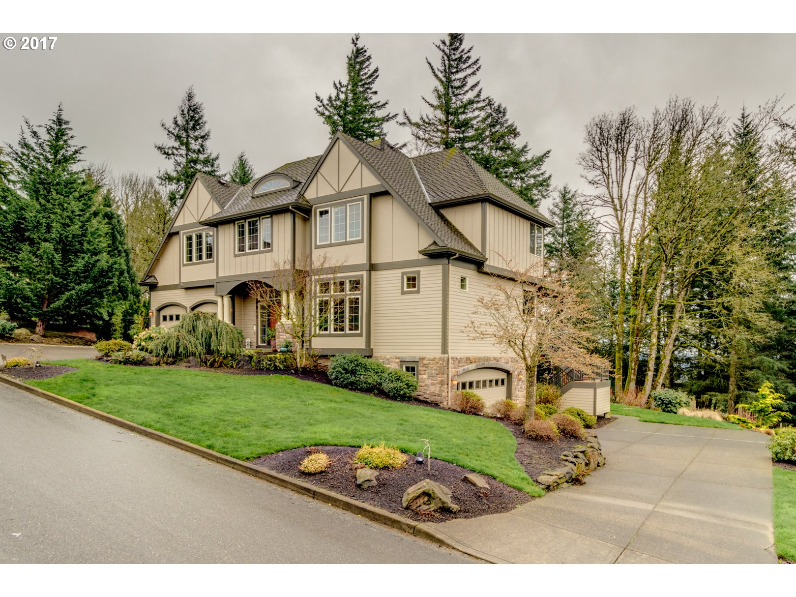 9436 NW SKYVIEW DR, Portland, OR 97231