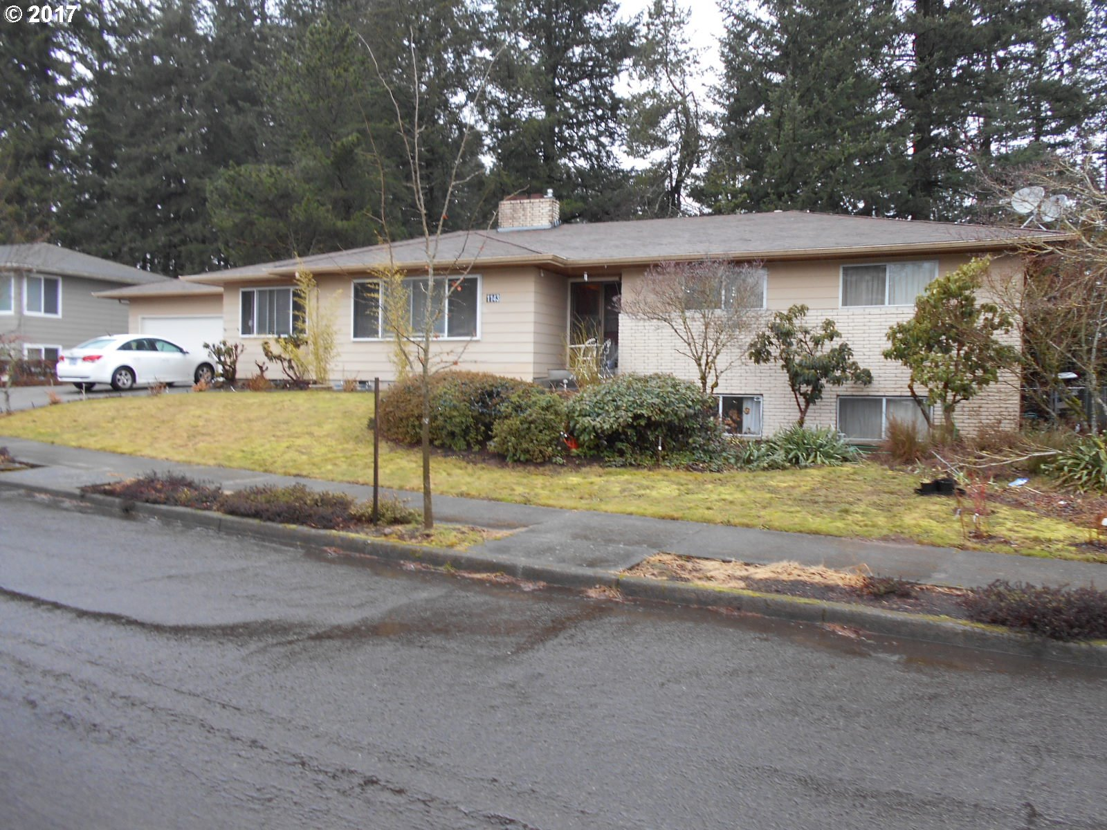4196 sq. ft 5 bedrooms 3 bathrooms  House For Sale,Portland, OR