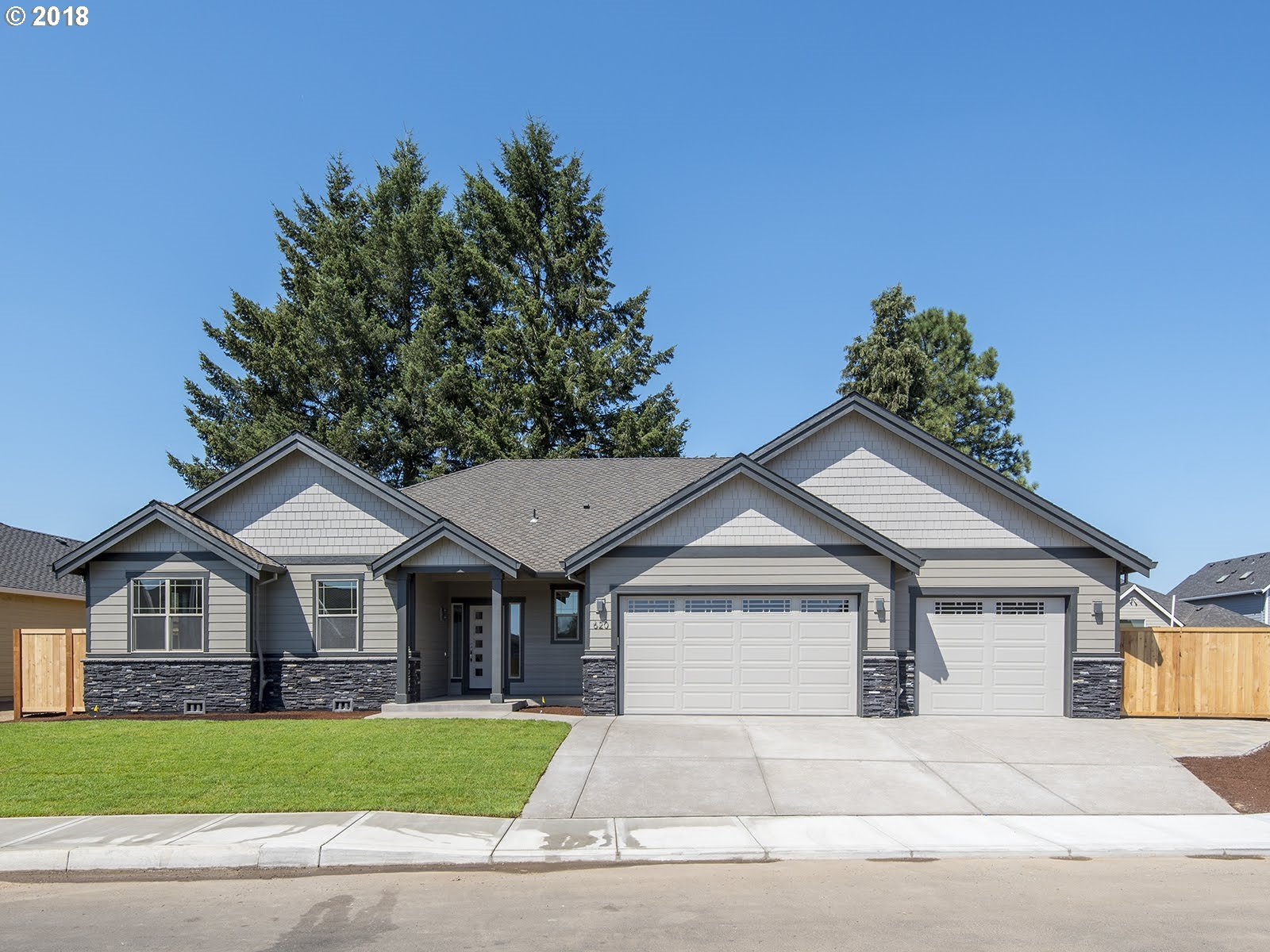 NW 11th AVE, Canby, OR 97013