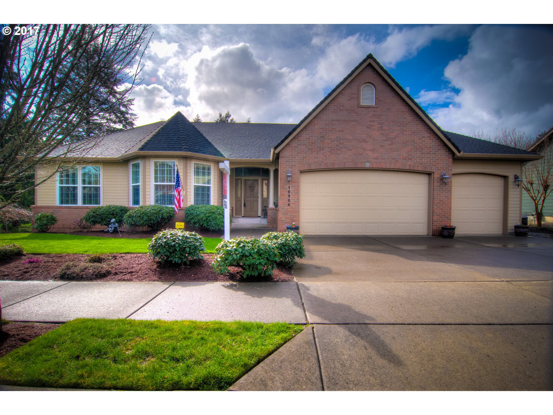 10906 NW 9TH AVE, Vancouver, WA 98685