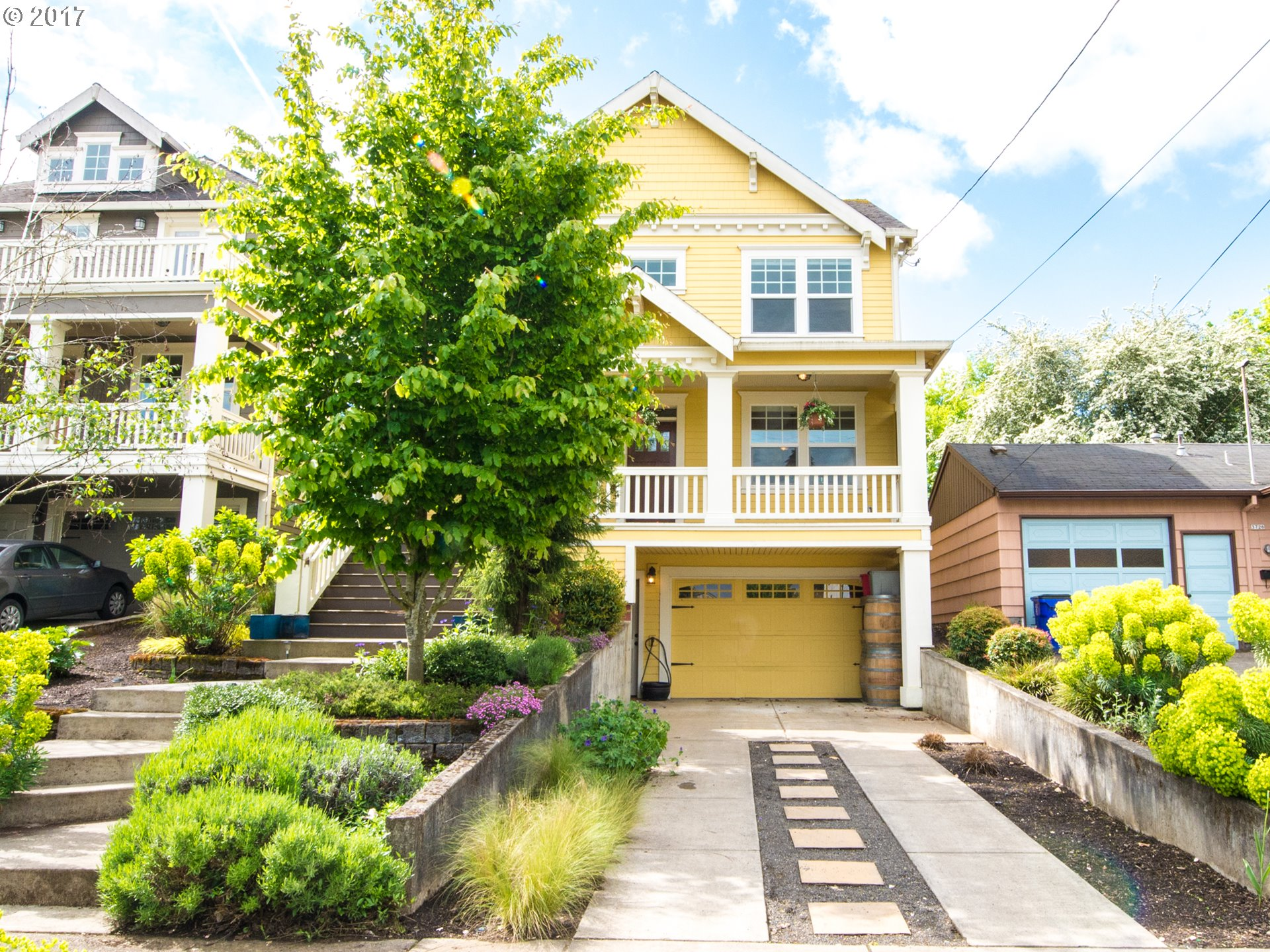 3738 NE HOLMAN ST, Portland OR 97211