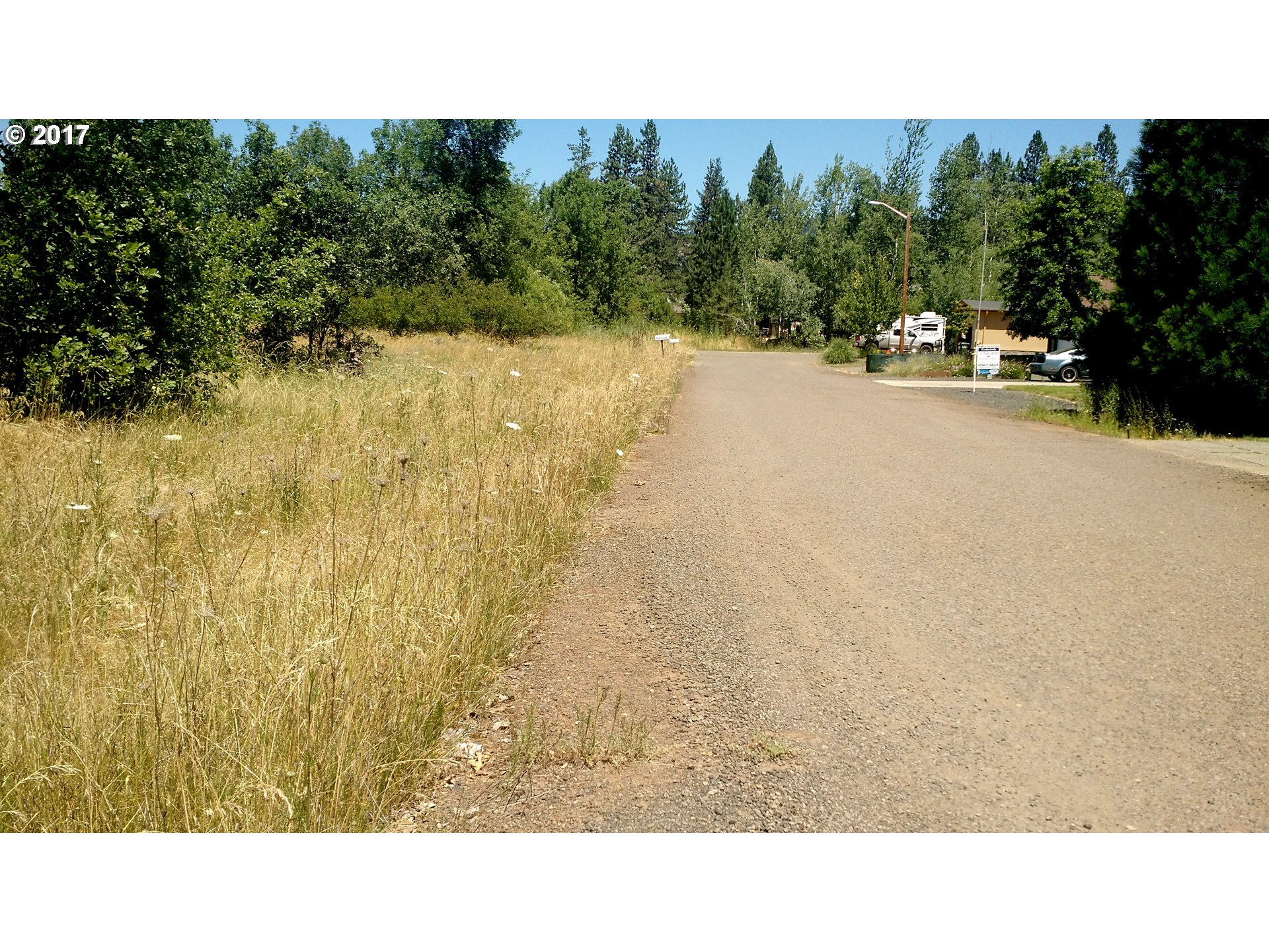 Trail, OR  Bedroom Home For Sale