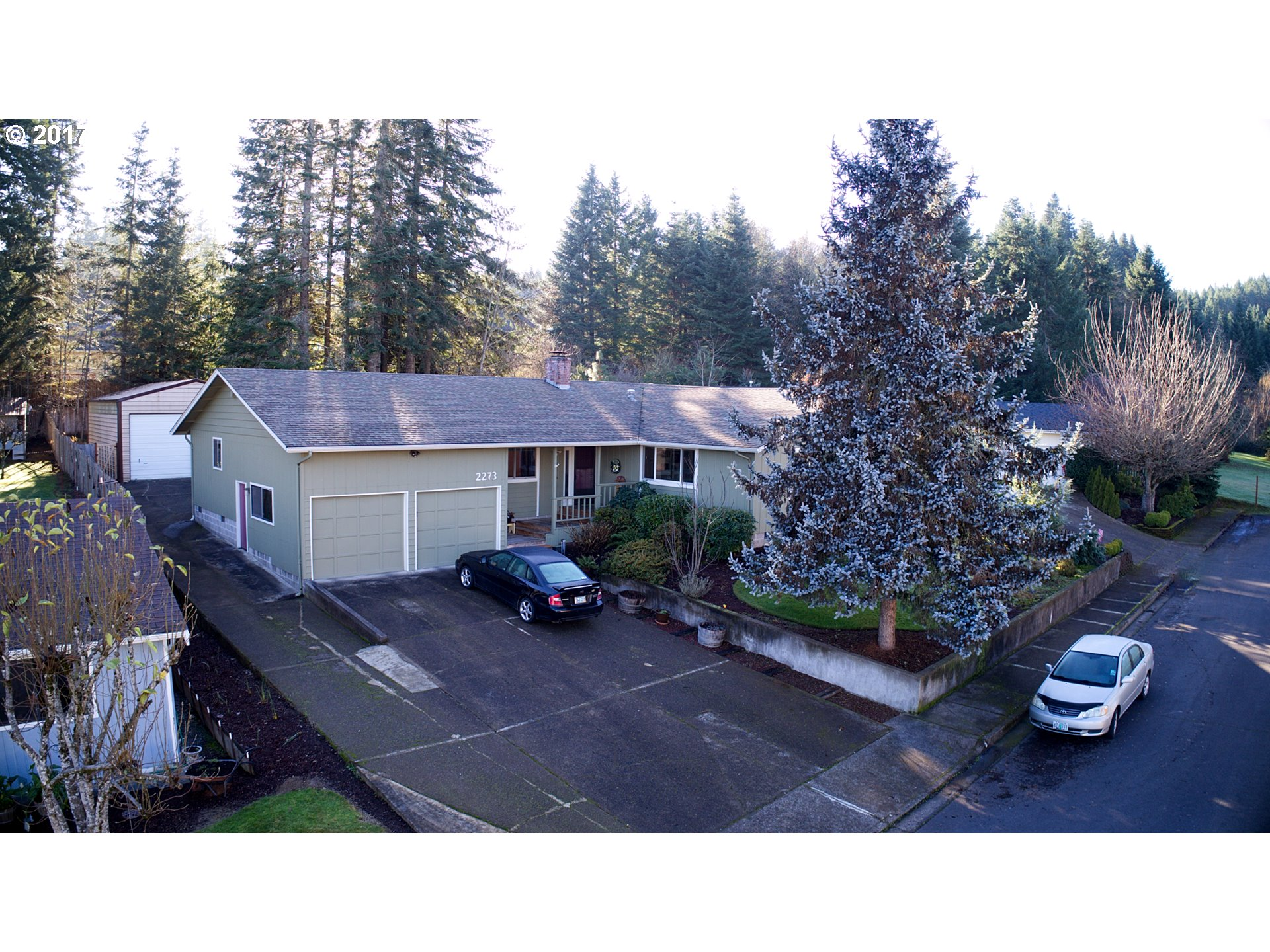 2273 W HARRISON AVE, Cottage Grove OR 97424