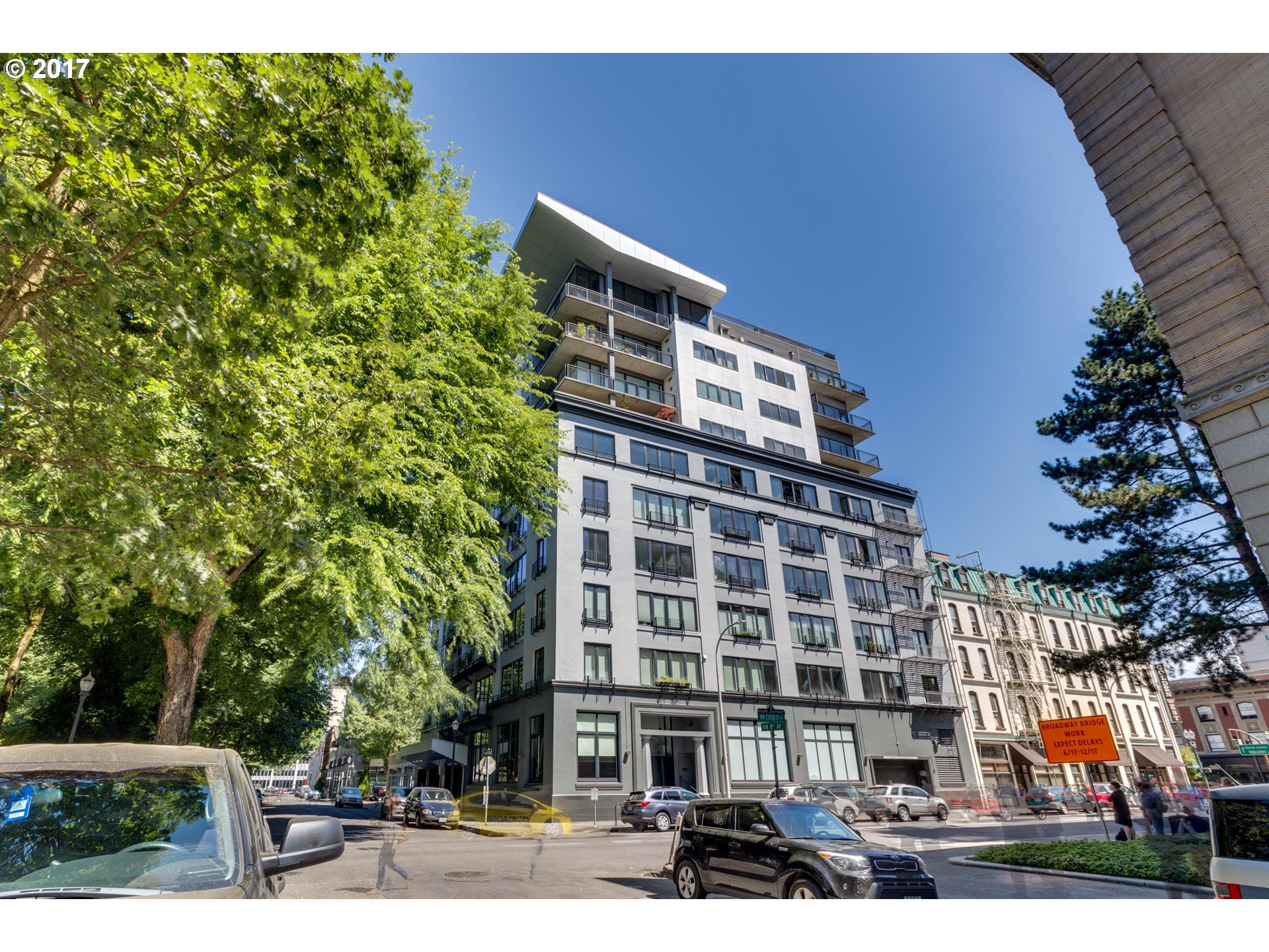 300 NW 8TH AVE #504, Portland, OR 97209