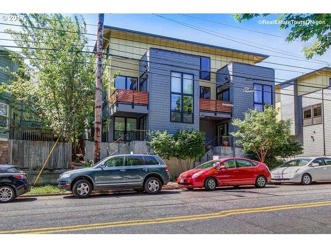 5129 SW CORBETT AVE B, Portland, OR 97239