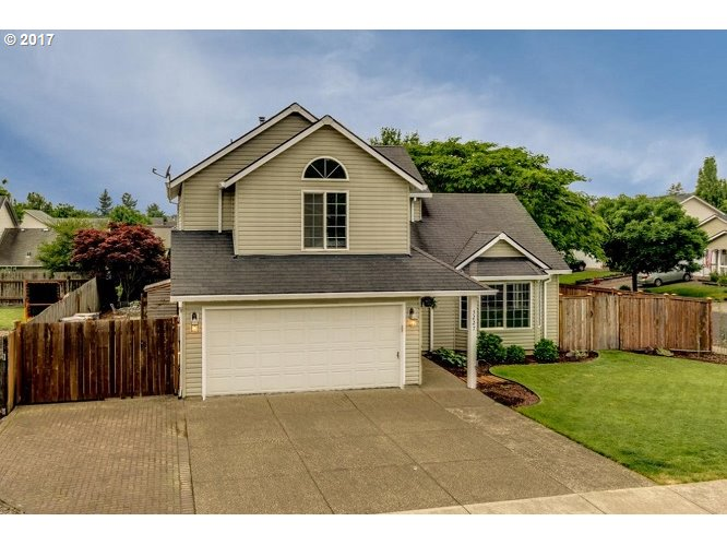 3227 KNOLL DR, Newberg, OR 97132