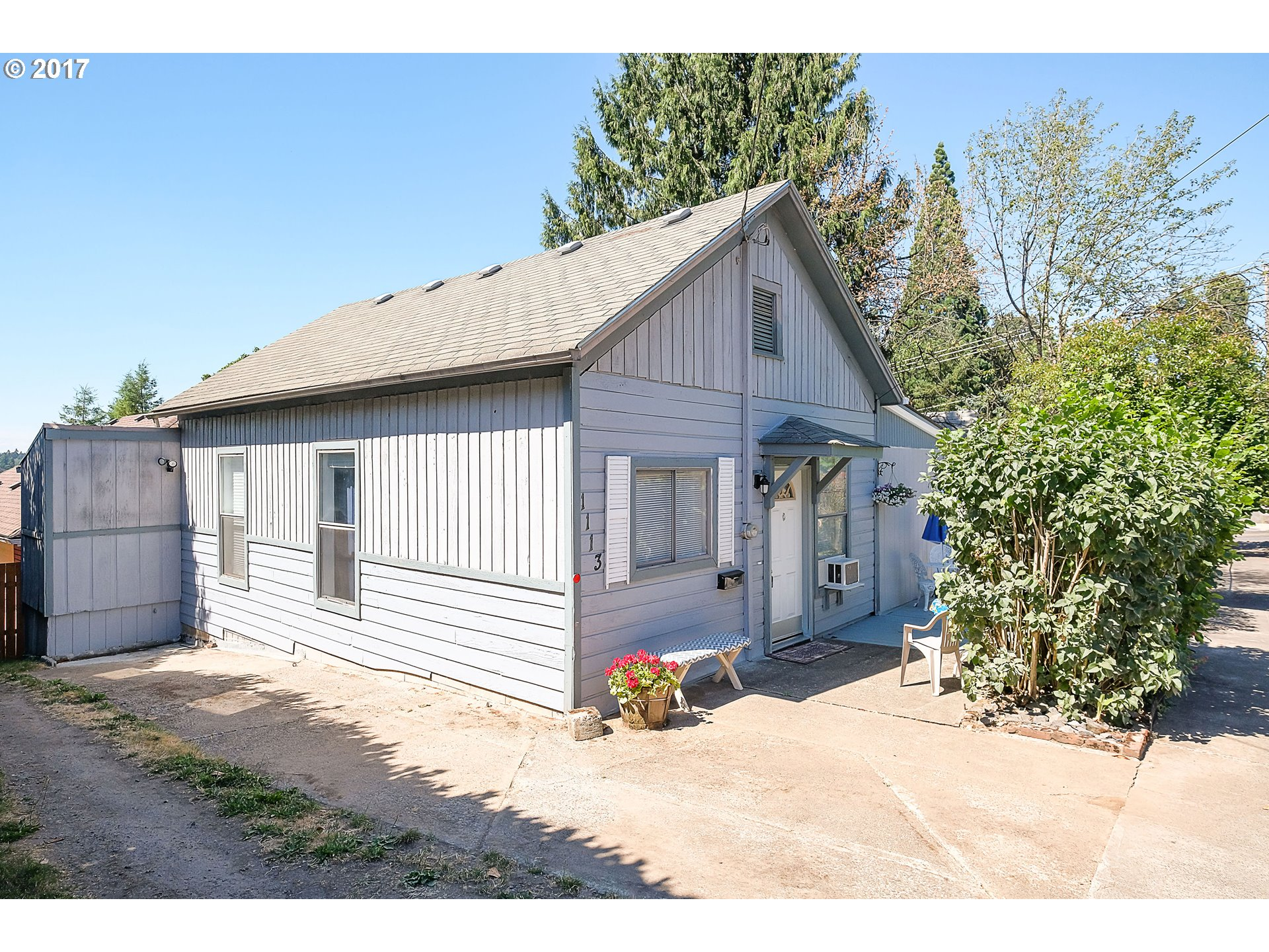 1113 MONROE ST, Oregon City, OR 97045