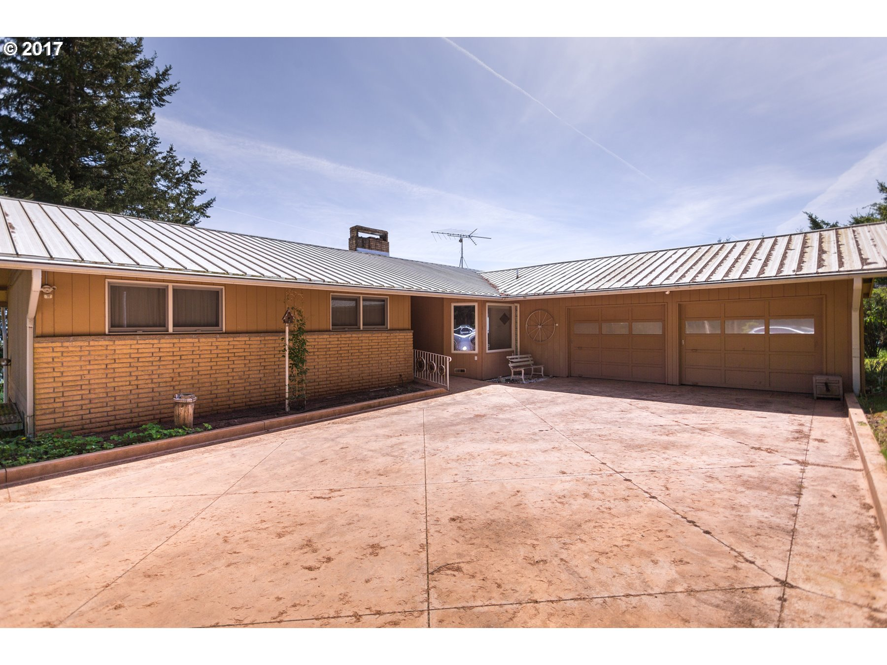 18775 NE TRUNK RD, Dundee, OR 97115