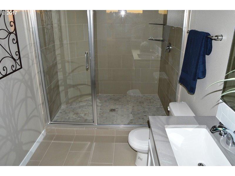 1333 sq. ft 2 bedrooms 2 bathrooms  House For Sale,Salem, OR