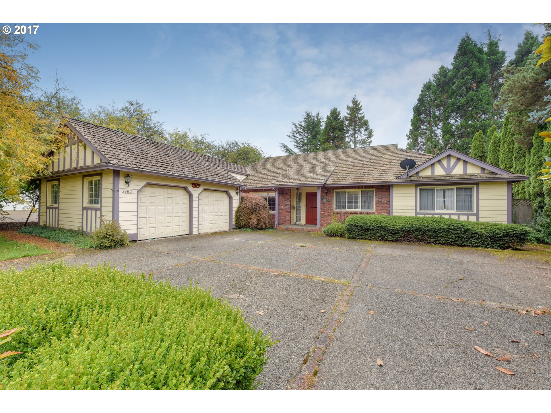 3962 BASS LN, Lake Oswego OR 97034