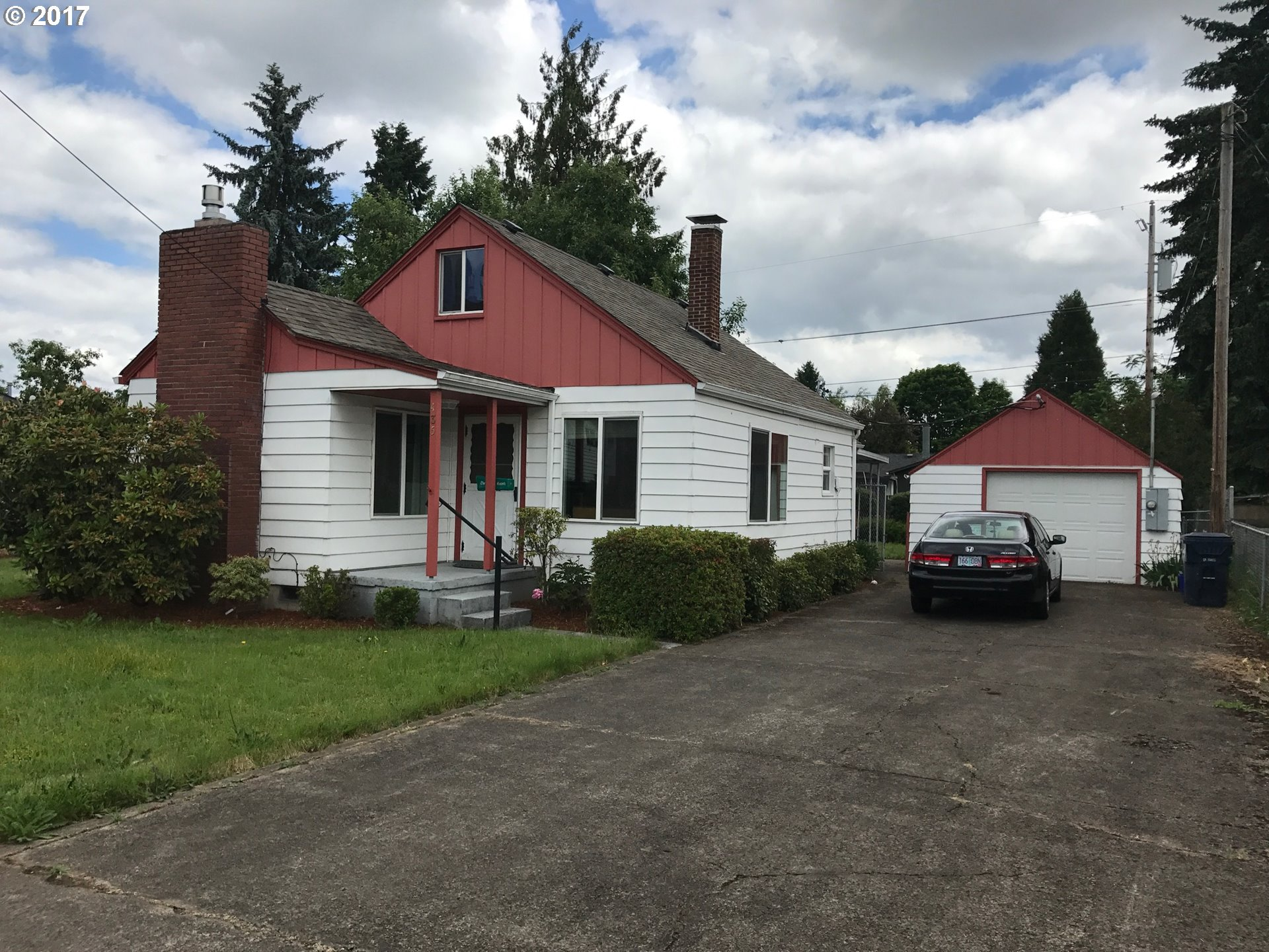 435 S 38TH ST, Springfield, OR 97478