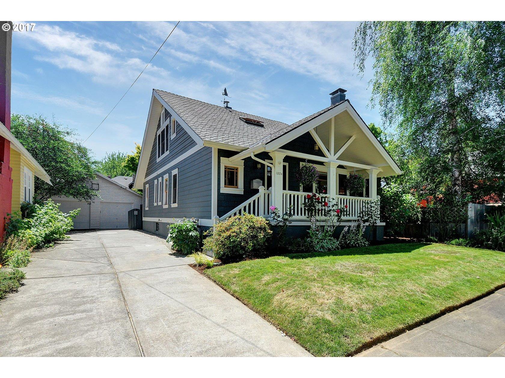 1324 SE FLAVEL ST, Portland OR 97202