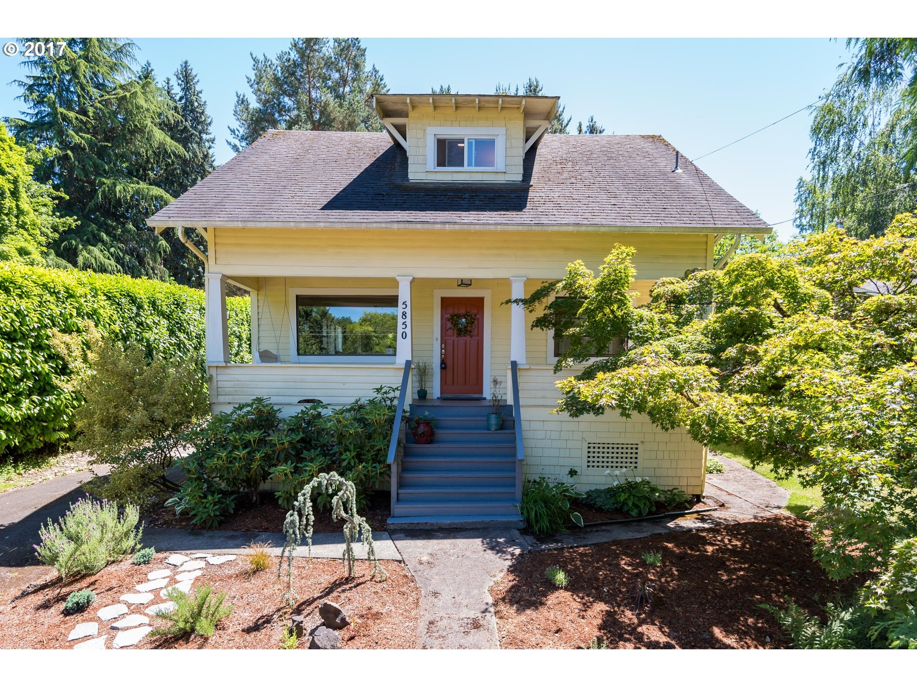 5850 SW VERMONT ST, Portland OR 97219