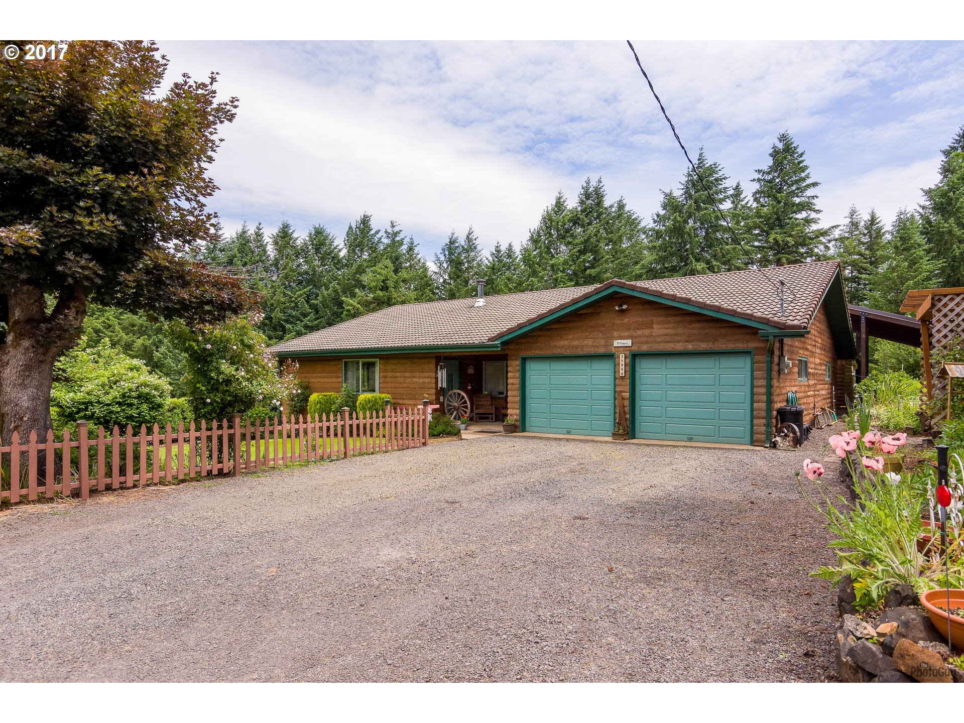 38990 CARR TRAIL, Dexter, OR 97431