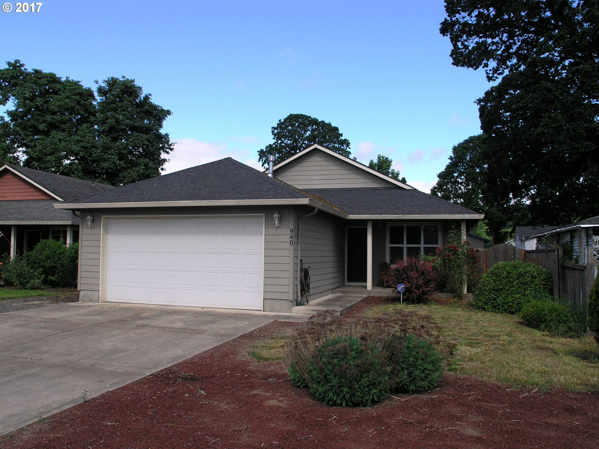 940 SE LOCUST ST, Dundee, OR 97115