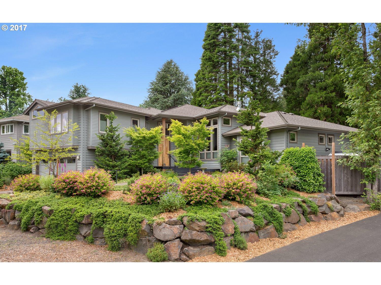 8495 SW MILON LN, Portland OR 97225
