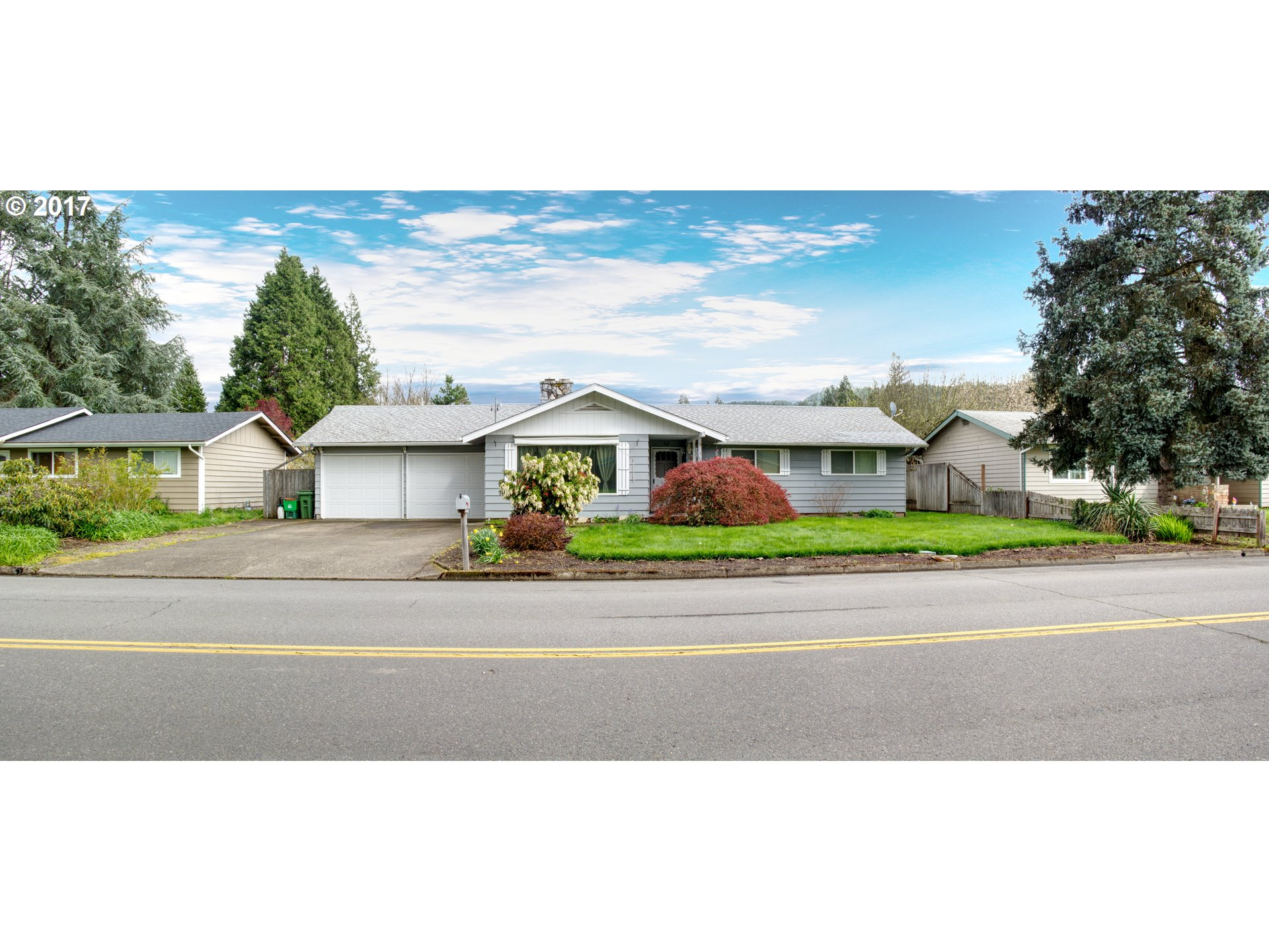 1630 S 4TH ST, Cottage Grove, OR 97424