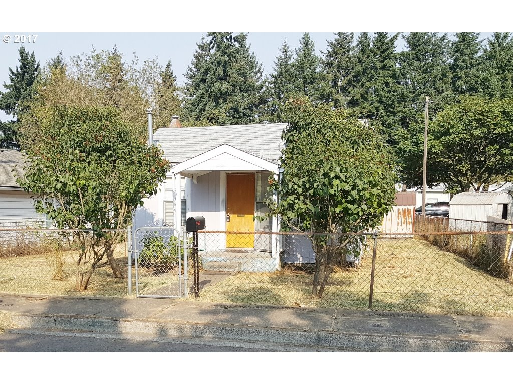 330 GREENWOOD ST, Junction City, OR 97448
