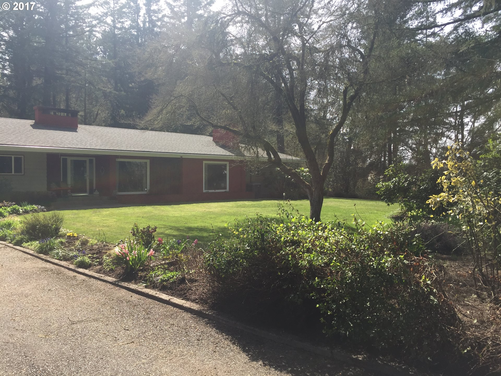 1550 SW OLD SHERIDAN RD, McMinnville, OR 97128