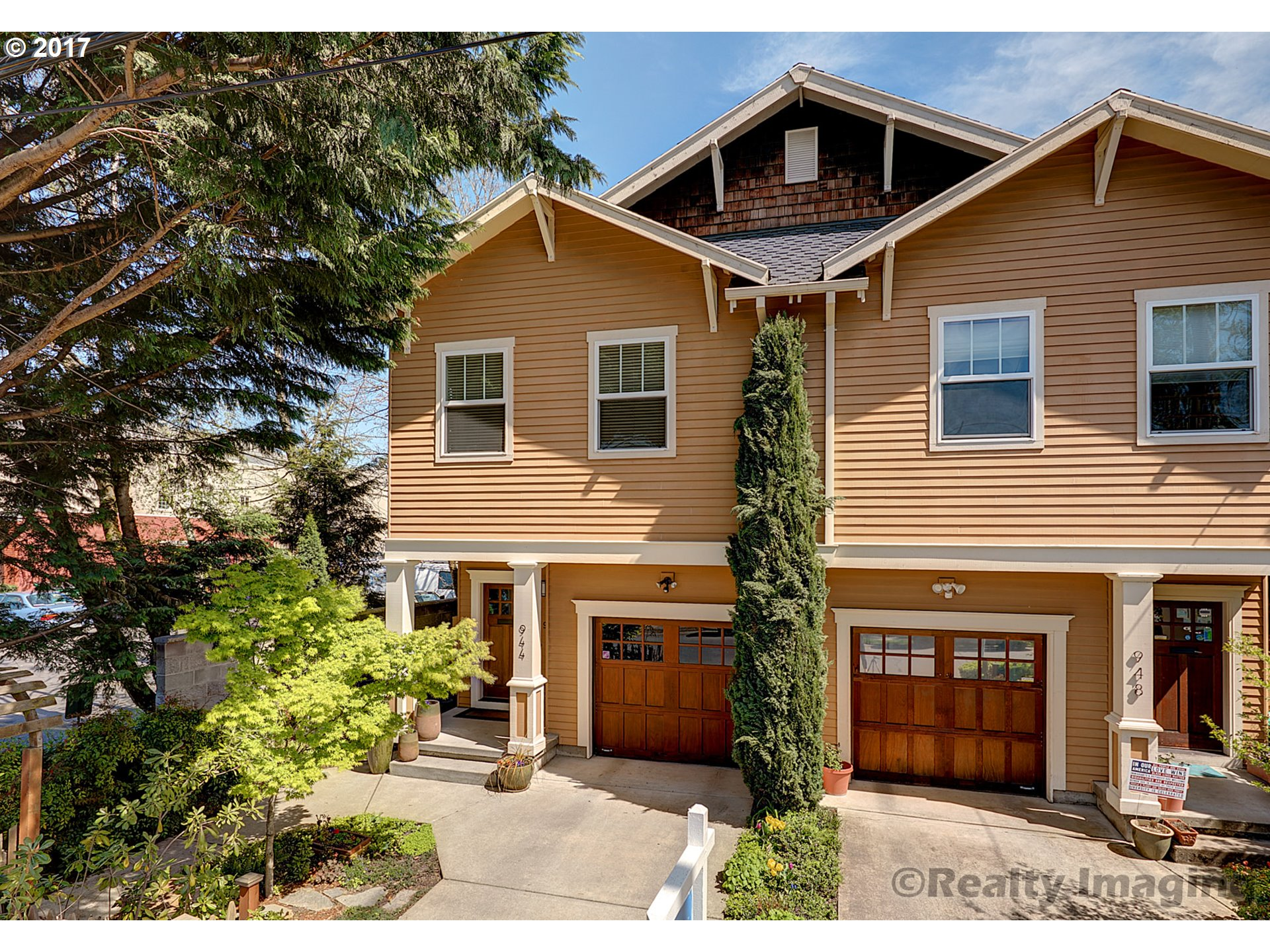 944 SE 45TH AVE, Portland, OR 97215