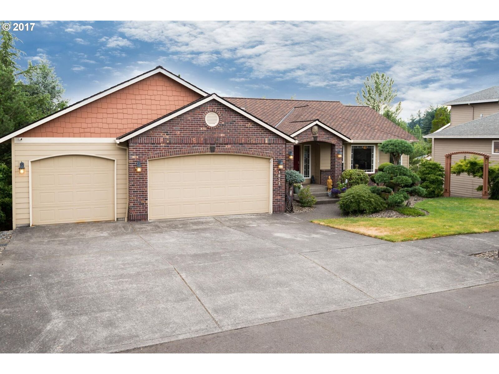 1023 SE 46TH AVE Troutdale, OR 97060 - MLS #: 17137673