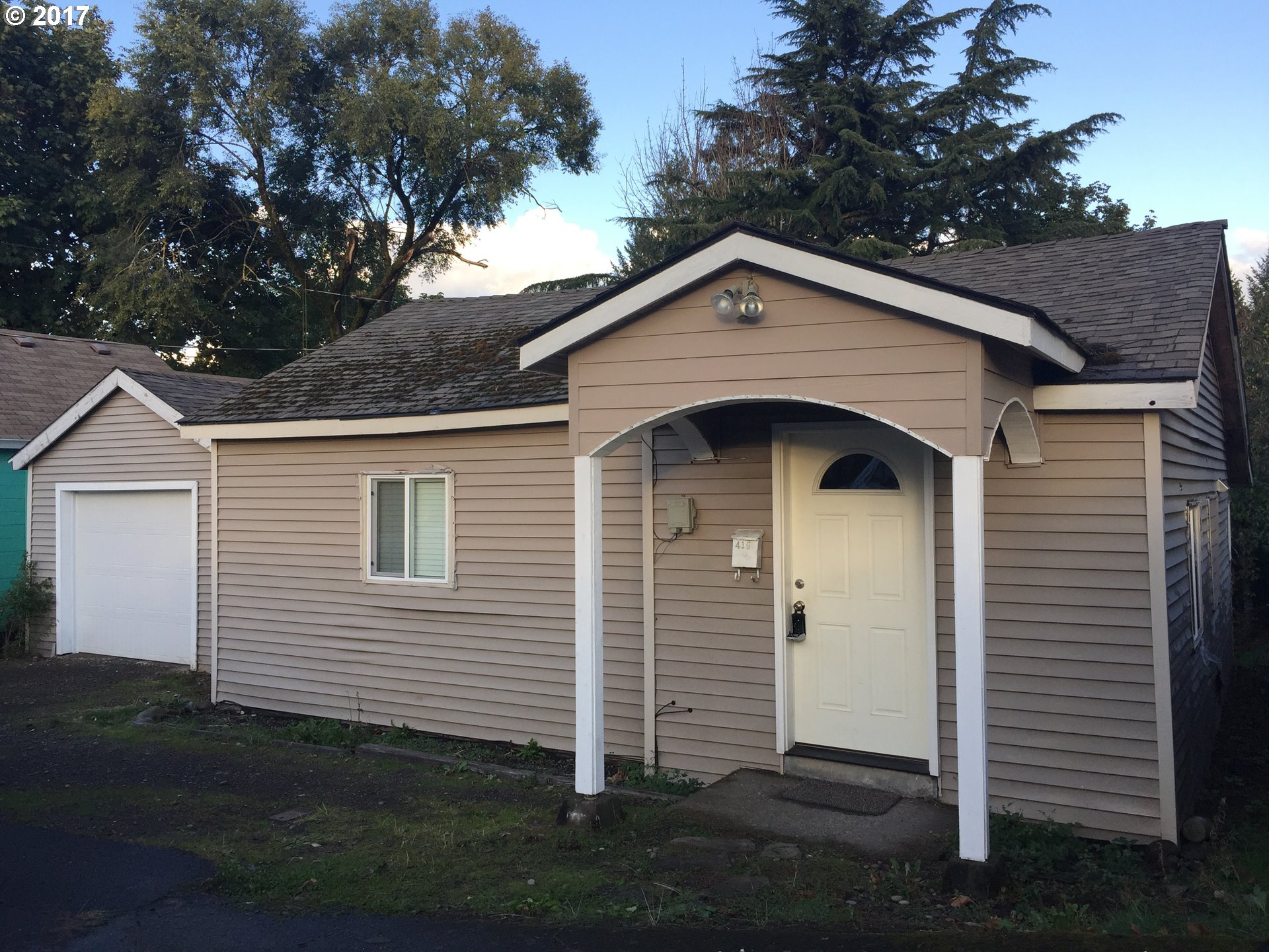 419 IRVING ST, Oregon City, OR 97045