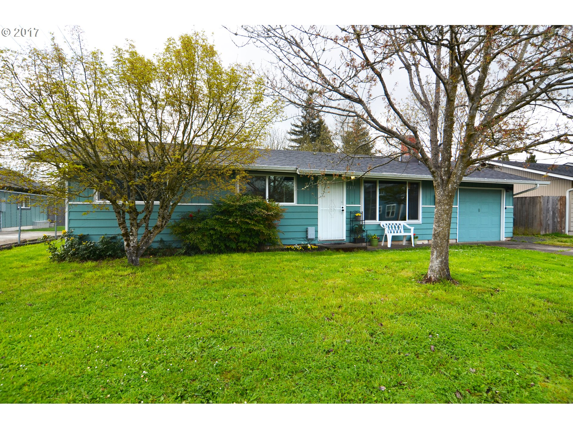 2355 COMPTON ST, Eugene, OR 97404