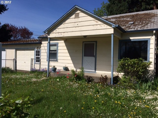 1106 6TH ST, Springfield, OR 97477