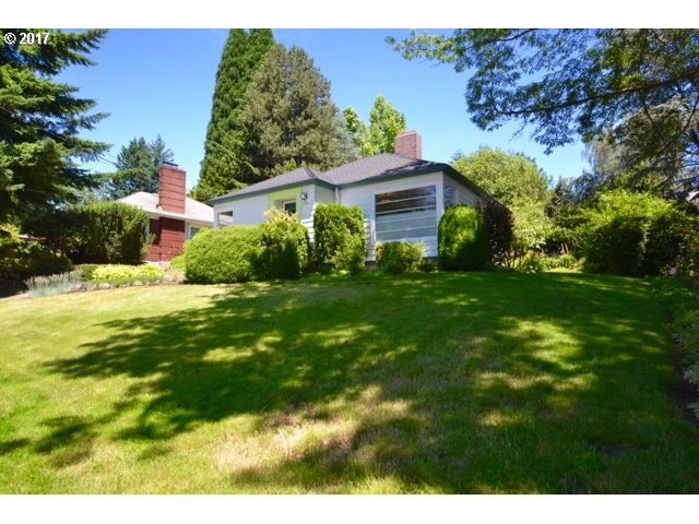 1685 SW SUNSET BLVD, Portland, OR 97239