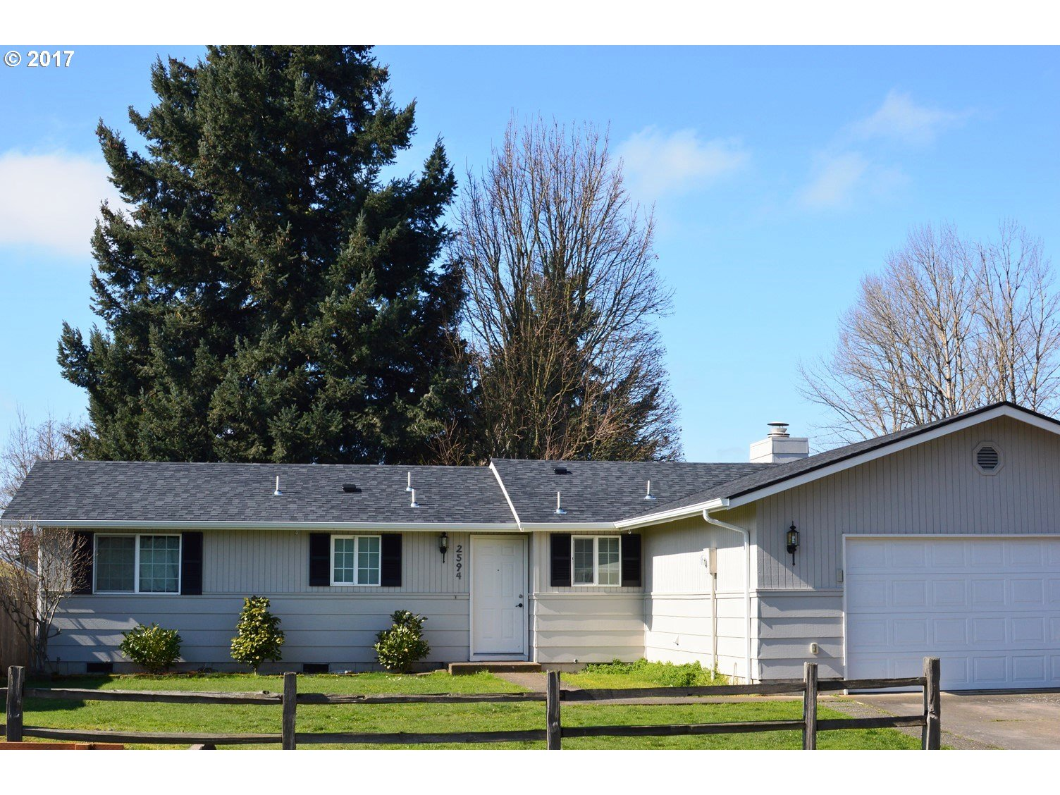 2594 MELROSE LOOP, Eugene, OR 97402