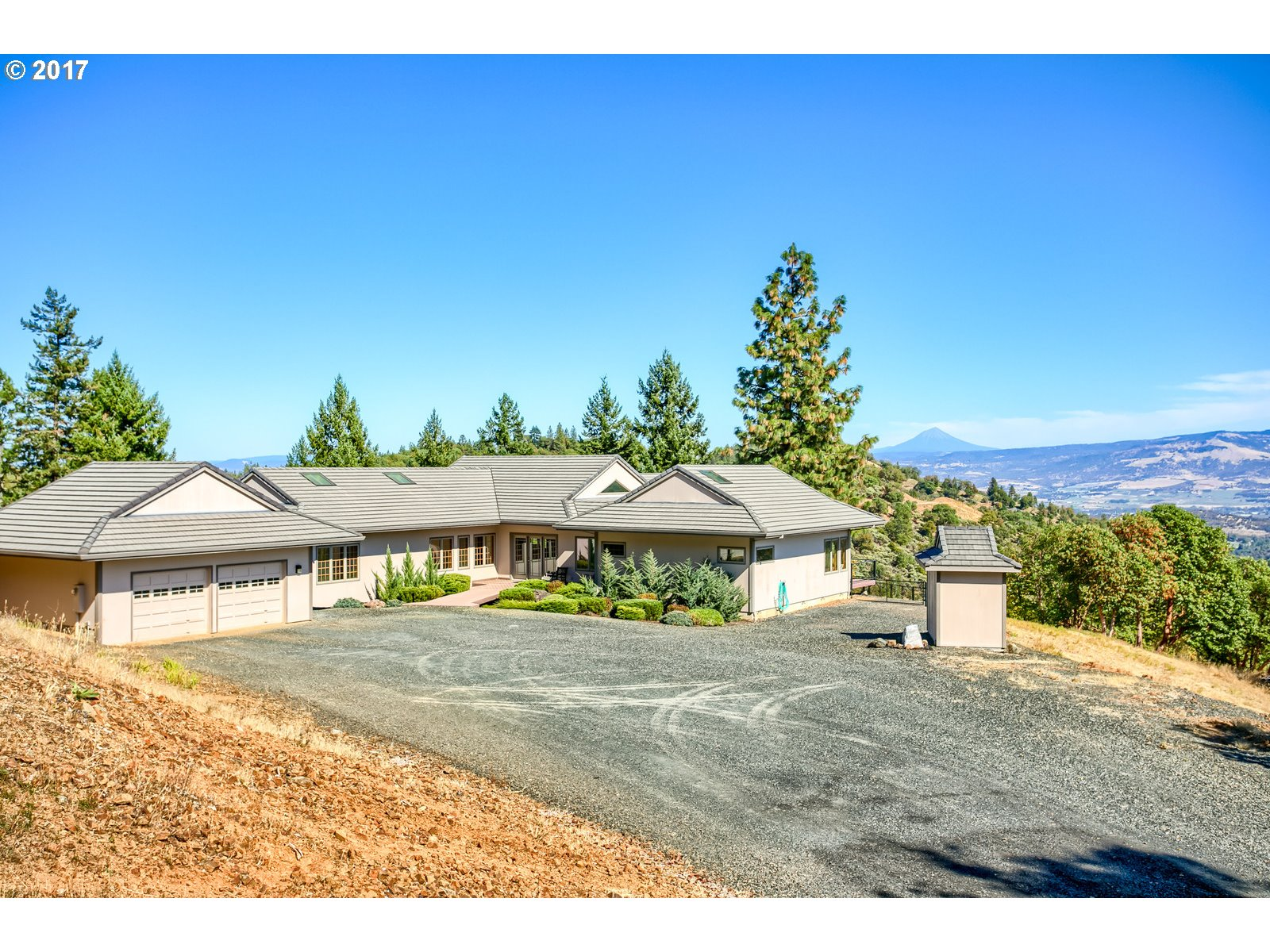 Applegate, OR 3 Bedroom Home For Sale