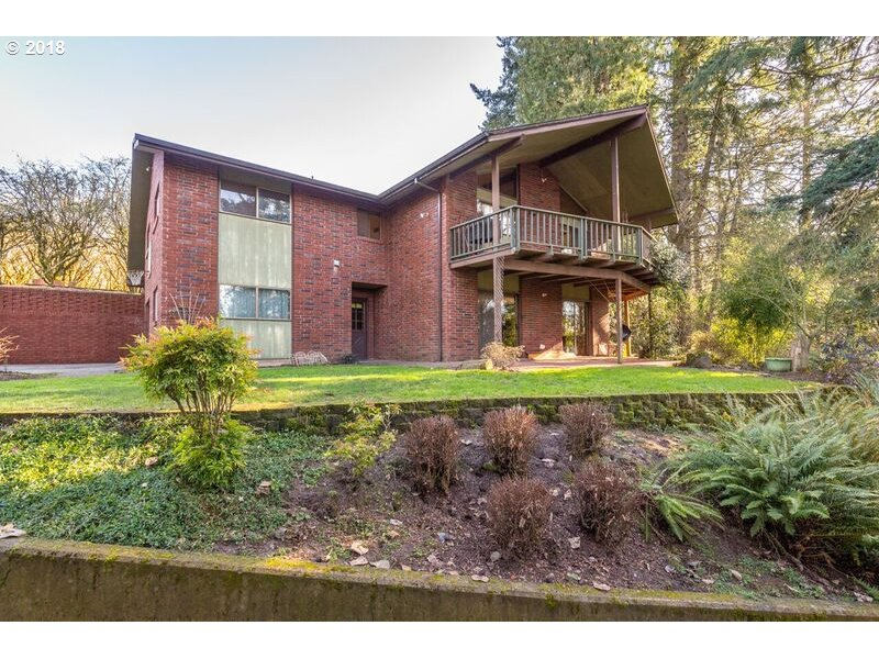 6451 MILLER RD, Hubbard OR 97032