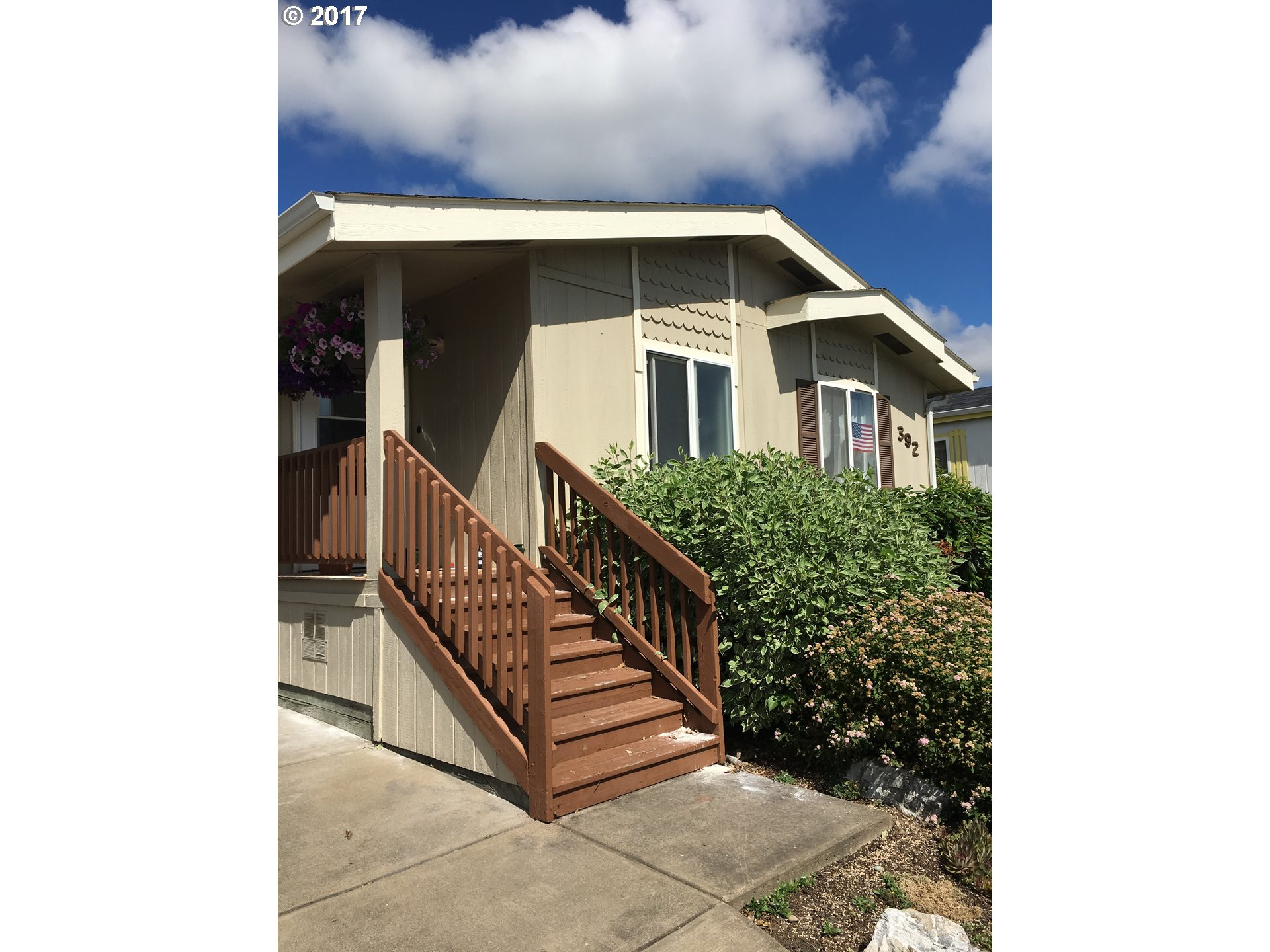 1699 N TERRY ST SPACE 392, Eugene, OR 97402