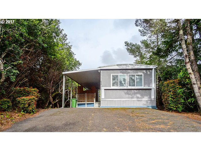 1600 RHODODENDRON DR SPAC 94, Florence, OR 97439