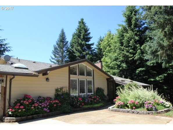 77763 SUNSET DR, Cottage Grove, OR 97424